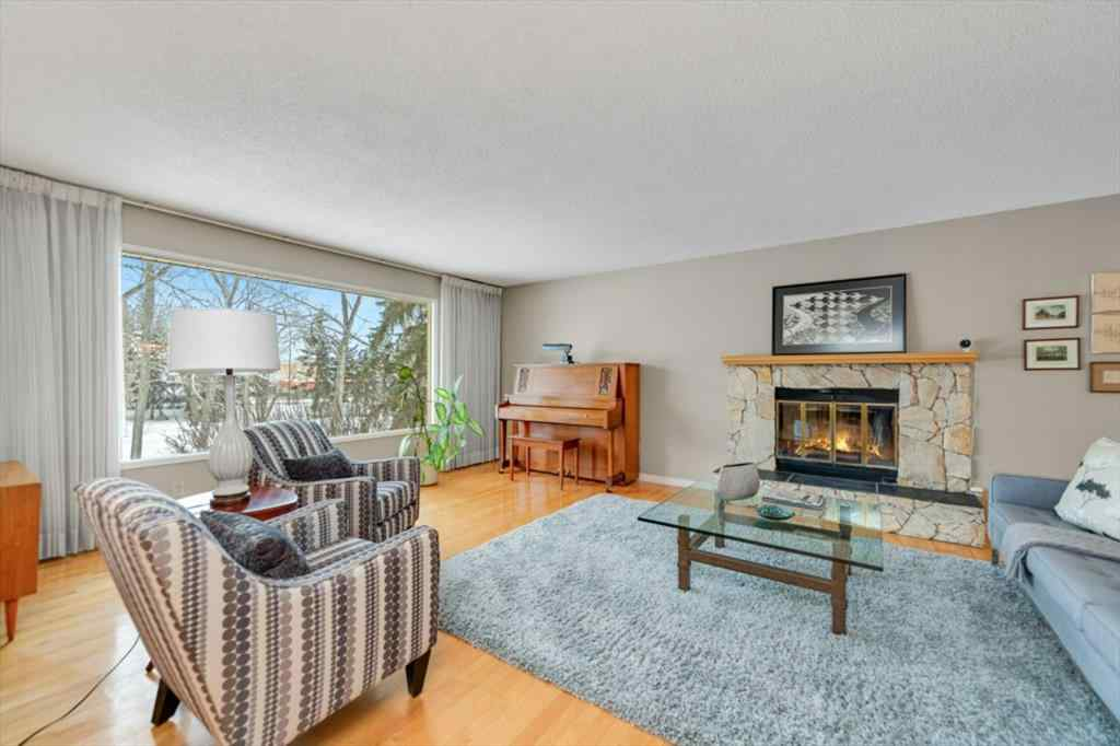 MLS® # A1066016 - 1631 13 Avenue NW in Hounsfield Heights/Briar  Calgary, Residential Open Houses
