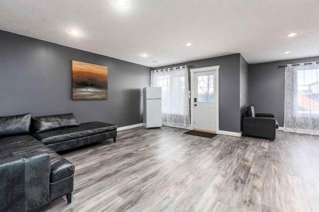 MLS® # A1067009 - 93 Chinook Street  in Cottonwood Estates Blackfalds, Residential Open Houses