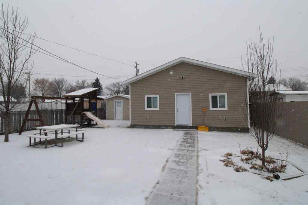 MLS® # A1067648 - 5306 55 Street  in NONE Taber, Residential Open Houses