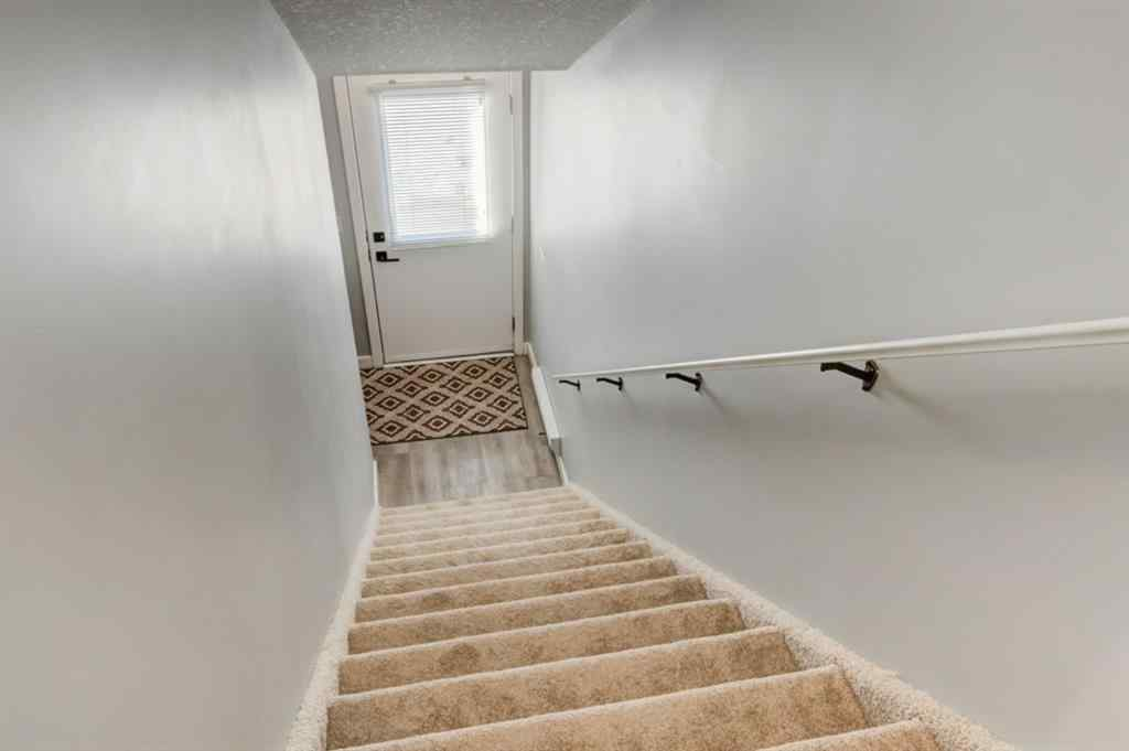 MLS® # A1068164 - Unit #2204 2781 Chinook Winds Drive SW in Chinook Gate Airdrie, Residential Open Houses