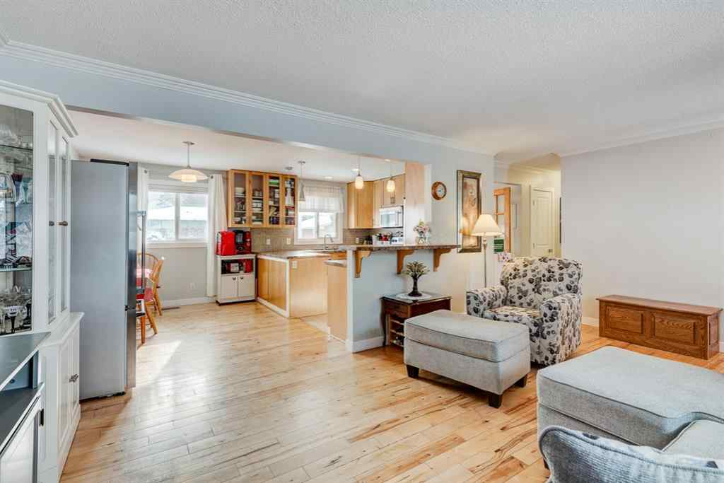 MLS® #A1069484 - 7707 34 Avenue NW in Bowness Calgary, Residential Open Houses