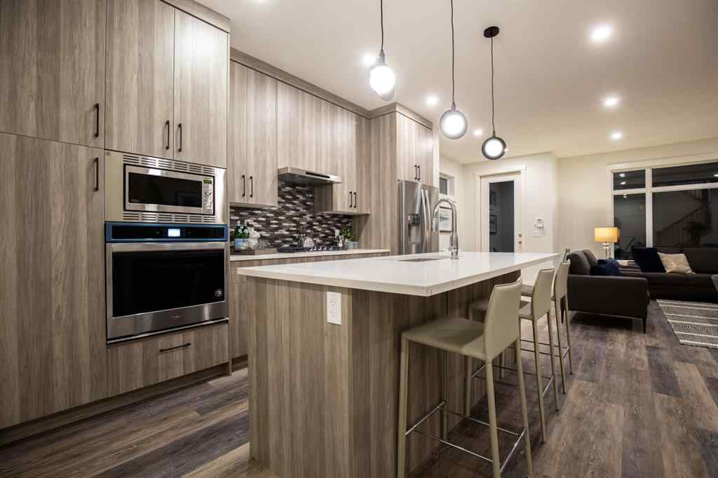 MLS® # A1070149 - Unit #2 1931 36  Street SW in Killarney/Glengarry Calgary, Residential Open Houses
