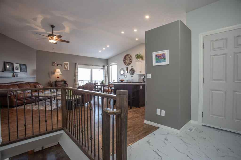 MLS® #A1070343 - 21 Pondside Crescent  in Panorama Estates Blackfalds, Residential Open Houses