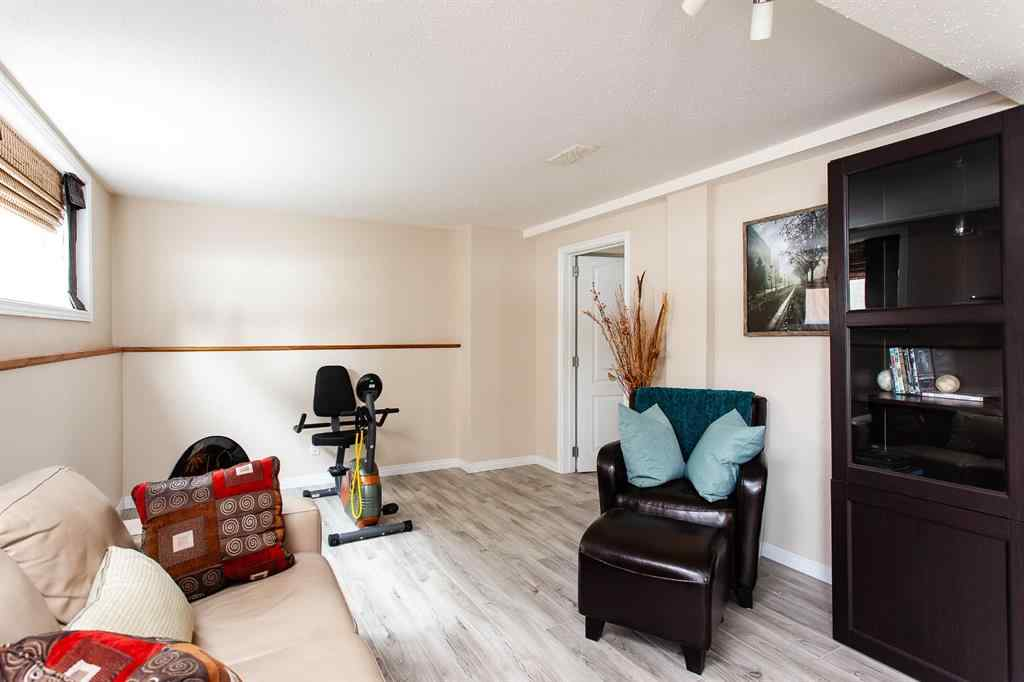 MLS® # A1070626 - 7131 5 Street SW in Kingsland Calgary, Residential Open Houses