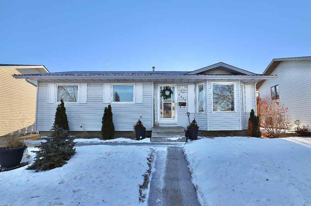 MLS® #A1070991 - 6611 54 Avenue  in Victoria Park Camrose, Residential Open Houses
