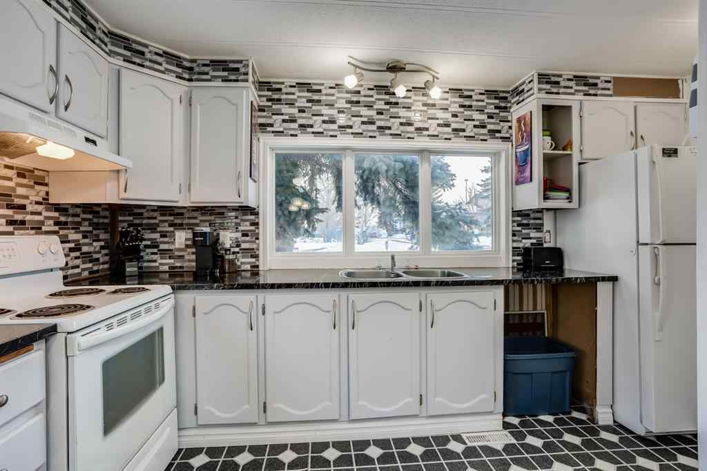 MLS® # A1071620 - 52 Big Hill Way SE in Big Springs Airdrie, Residential Open Houses