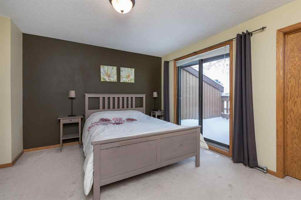 MLS® # A1071690 - Unit #C 1712 15 Street NW in Capitol Hill Calgary, Residential Open Houses