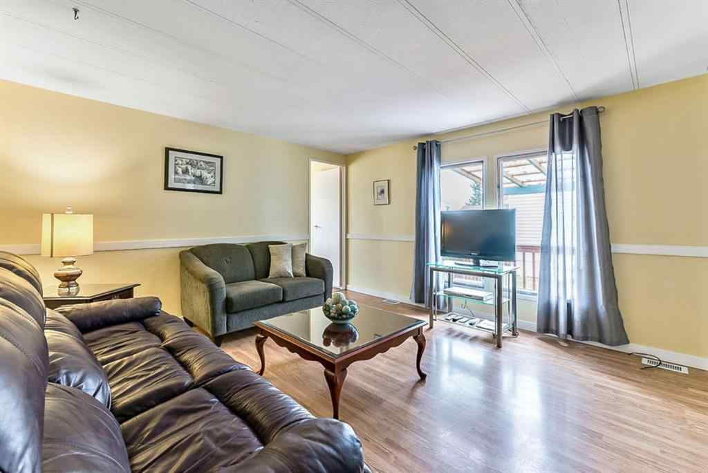 MLS® # A1072214 - Unit #37 112  1st Street SE in NONE Black Diamond, Mobile Open Houses