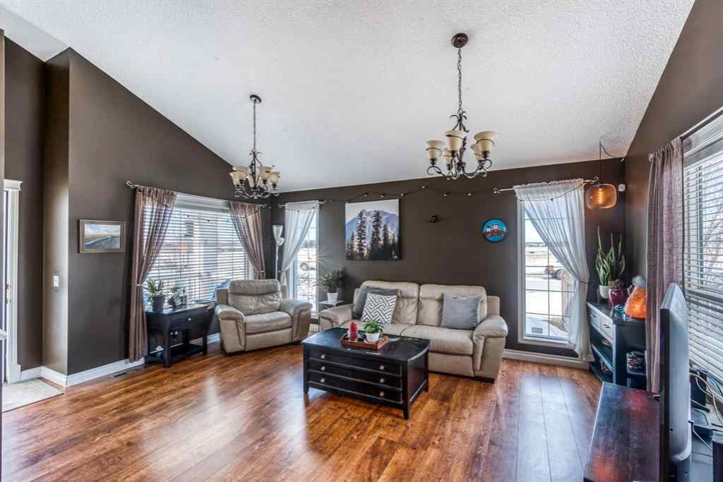 MLS® #A1072617 - 502 Diamond Crescent  in NONE Black Diamond, Residential Open Houses