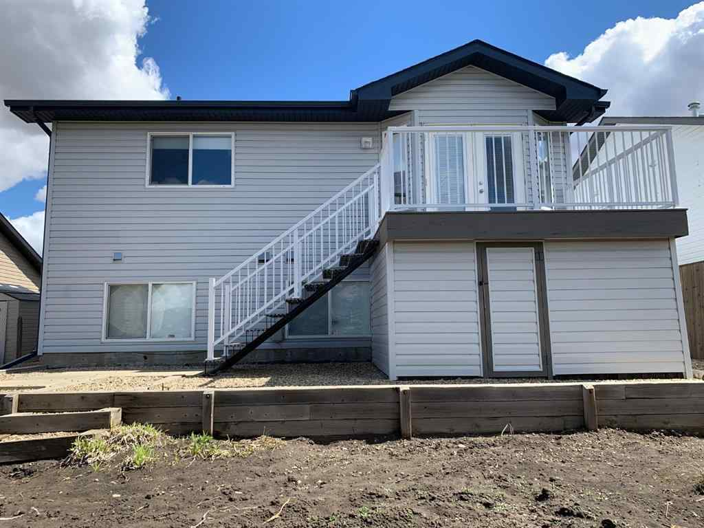 MLS® # A1076243 - 5 Pondside Crescent  in Panorama Estates Blackfalds, Residential Open Houses