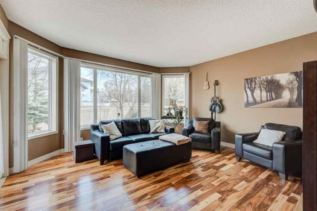 MLS® # A1081374 - 4 Jensen Heights Court NE in Jensen Airdrie, Residential Open Houses