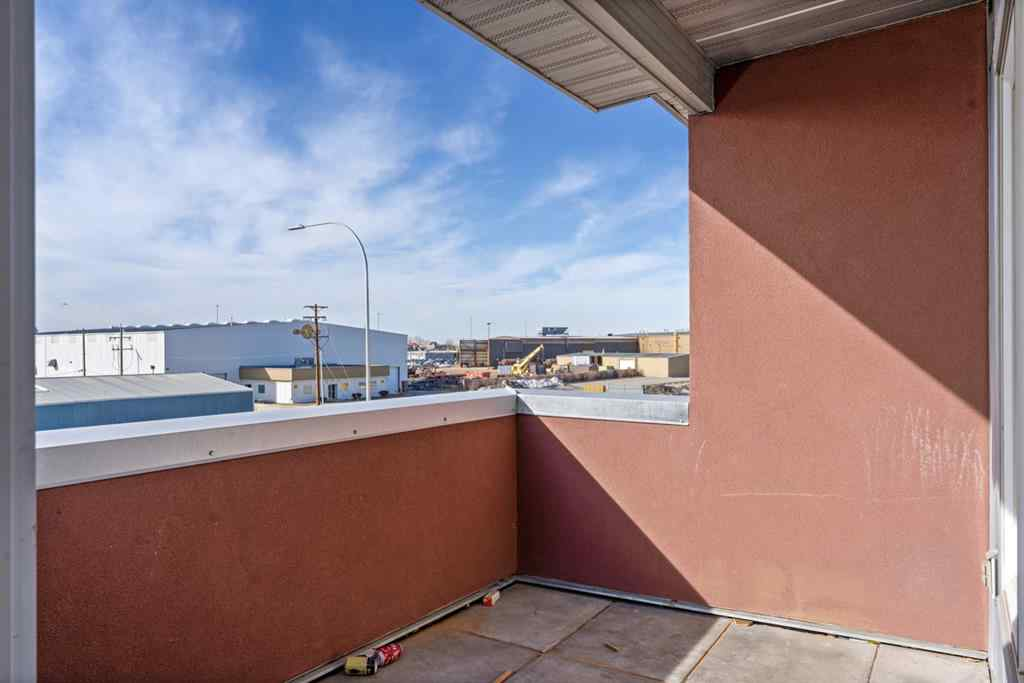 MLS® # A1084928 - Unit ##1310 604 East Lake Boulevard NE in East Lake Industrial Airdrie, Residential Open Houses