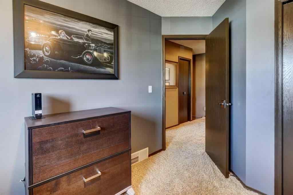 MLS® # A1091171 - 10 Jensen Heights Place NE in Jensen Airdrie, Residential Open Houses