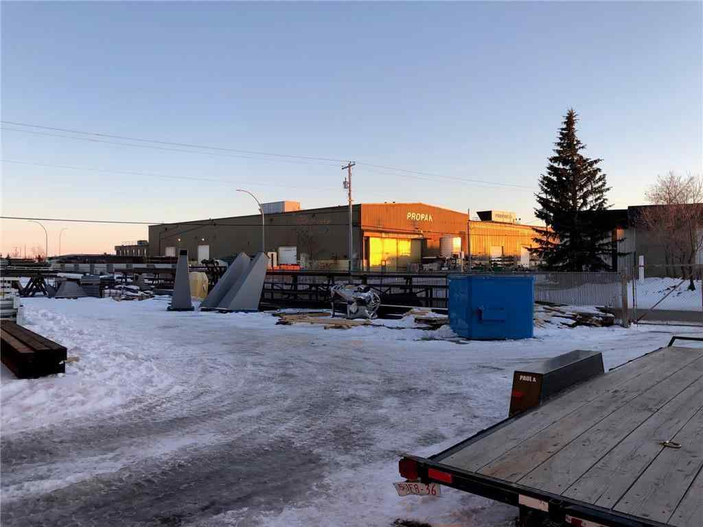 MLS® #C4272088 - 2 EAST LAKE Way NE in East Lake Industrial Airdrie, Commercial Open Houses