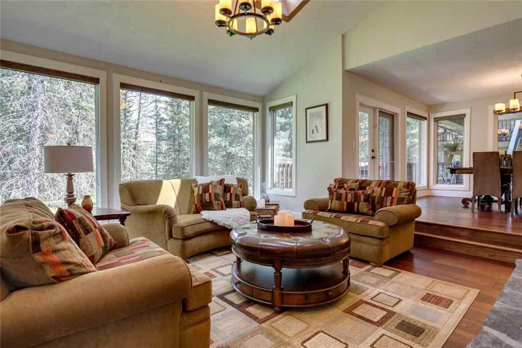 MLS® #C4286144 - 44 Mountain Lion Drive  in Wintergreen_BC Bragg Creek, Residential Open Houses