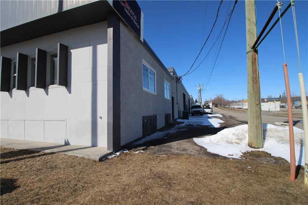 MLS® # C4290164 - 3715 EDMONTON Trail NE in Greenview Industrial Park Calgary, Commercial Open Houses
