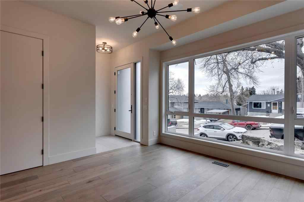 MLS® # C4292701 - 916 31 Avenue NW in Cambrian Heights Calgary, Residential Open Houses