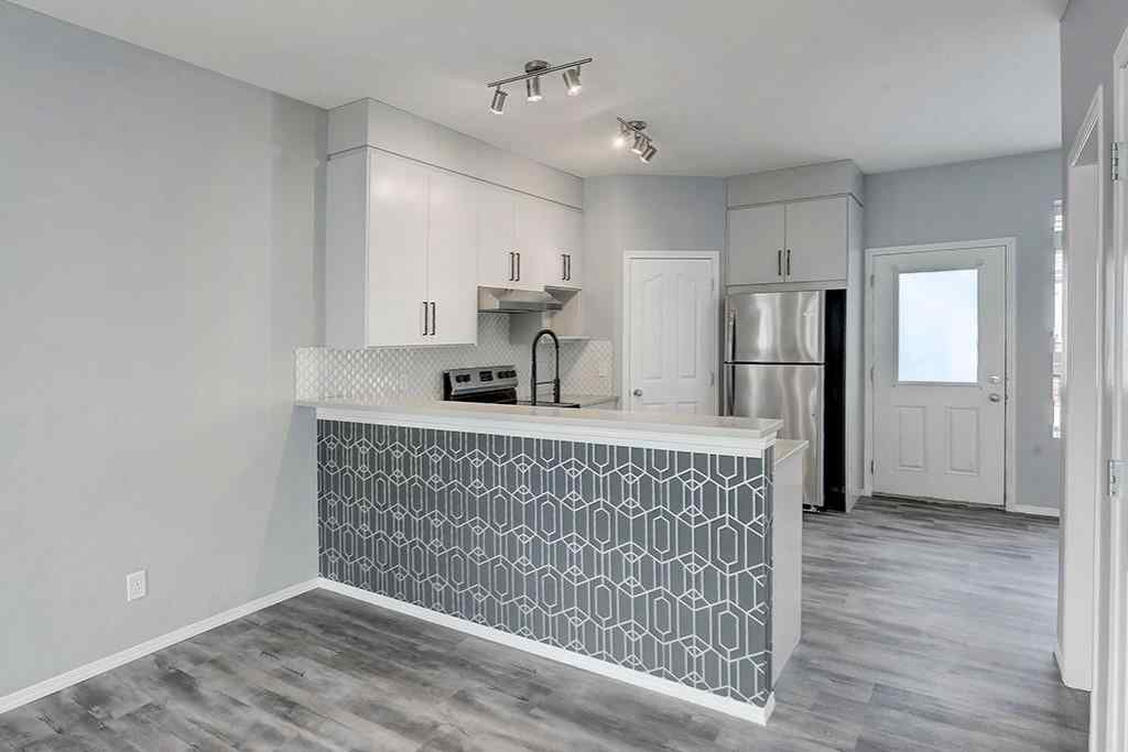 MLS® #C4297628 - Unit #304 2066 LUXSTONE Boulevard SW in Luxstone Airdrie, Residential Open Houses