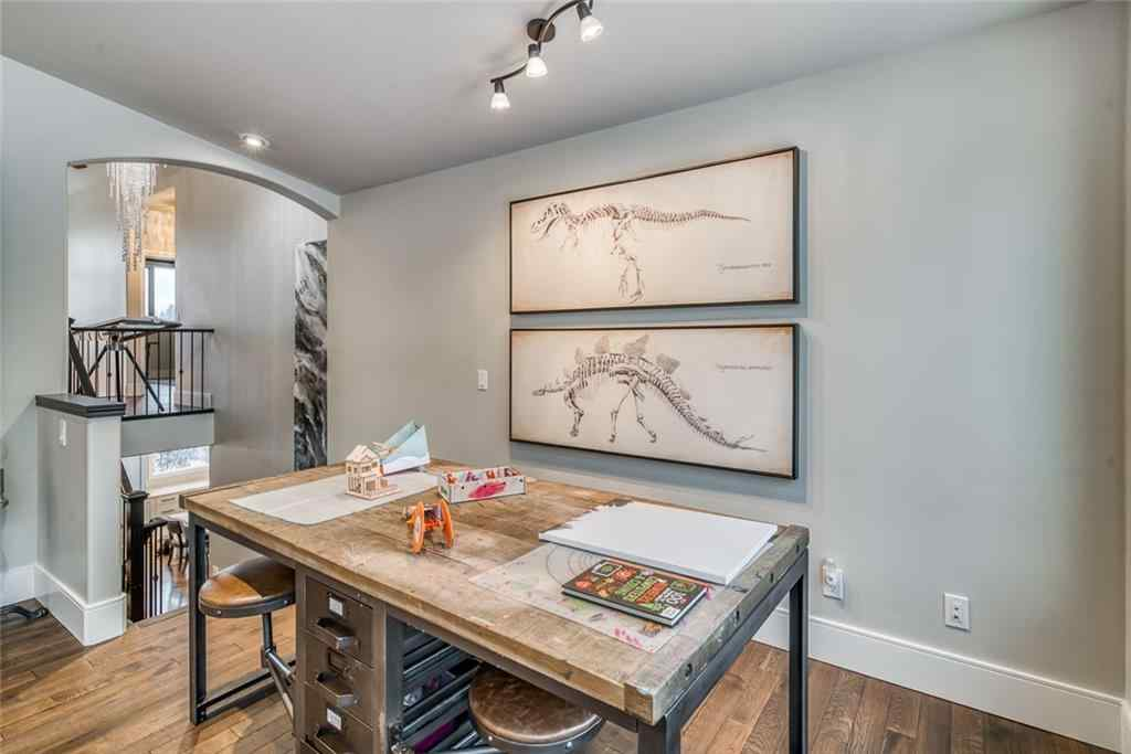 MLS® # C4299971 - 2319 JUNIPER Road NW in  Calgary, Residential Open Houses