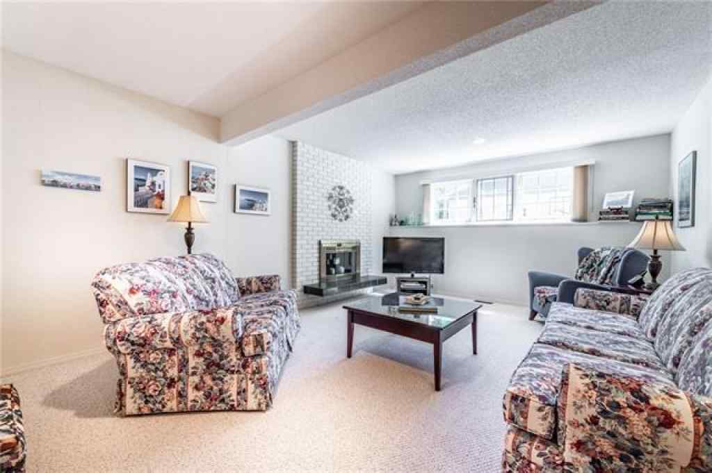 MLS® #C4300565 - 3716 UNDERHILL Drive NW in  Calgary, Residential Open Houses