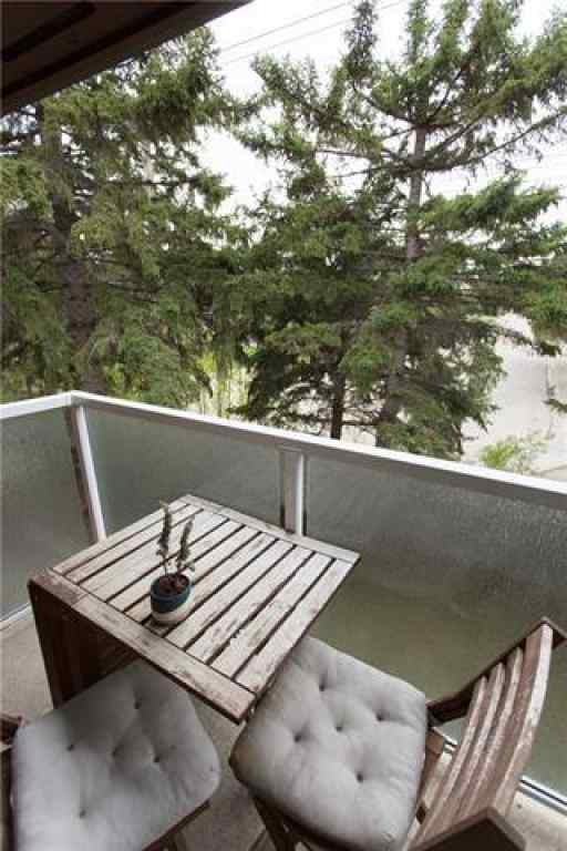 MLS® # C4301756 - Unit #433 1305 GLENMORE Trail SW in  Calgary, Residential Open Houses