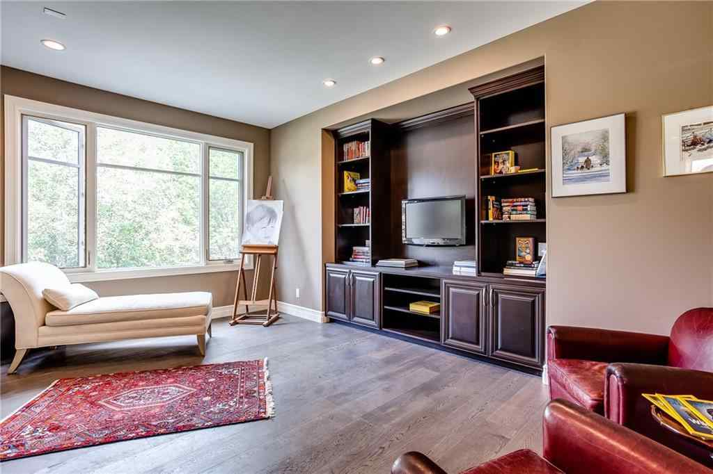MLS® # C4302467 - 218 37 Street NW in Parkdale Calgary, Residential Open Houses