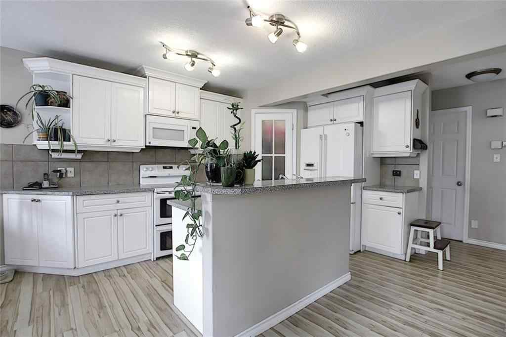 MLS® # C4304969 - 2203 LUXSTONE Boulevard SW in Luxstone Airdrie, Residential Open Houses