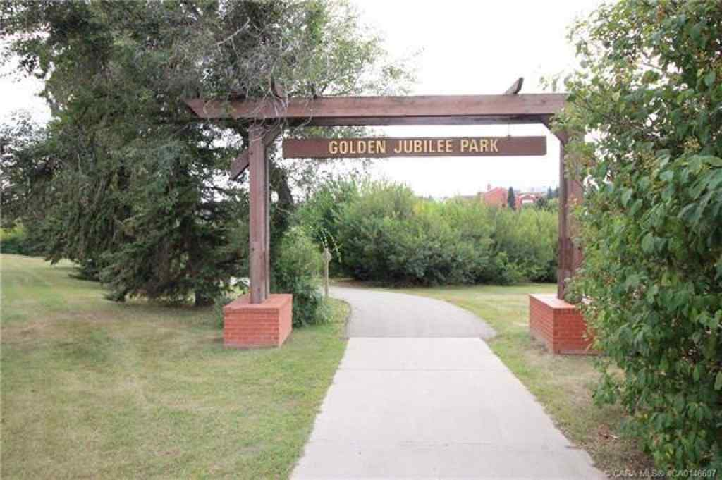 MLS® #CA0146607 - Unit #406 4625 50 Street  in Augustana Camrose, Residential Open Houses