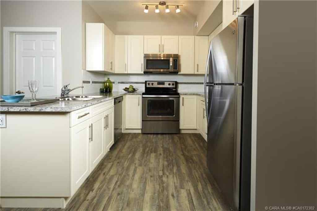 MLS® #CA0172302 - Unit #B7 5300 Vista Trail  in Valley Ridge Blackfalds, Residential Open Houses