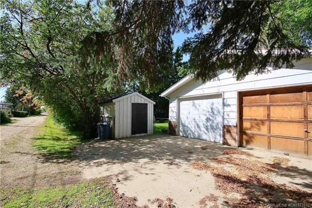 MLS® #CA0177070 - 5121 56 Street  in  Daysland, Residential Open Houses