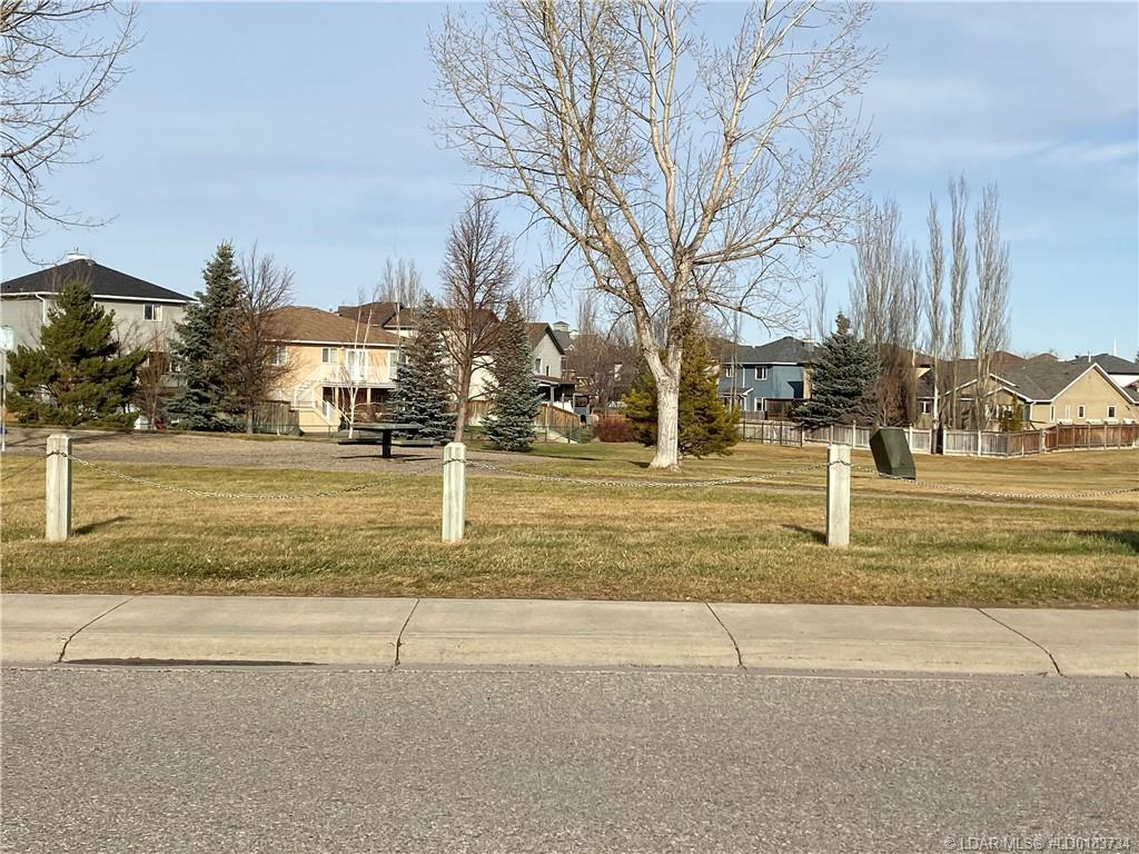 MLS® #LD0183734 - 326 Squamish Court W in  Lethbridge, Residential SF Open Houses