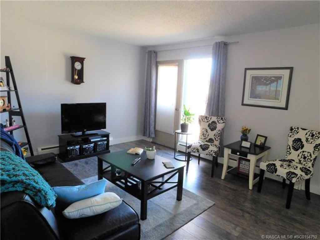 MLS® #SC0154752 - 755 1 Street E in Fairview Brooks, Multi-Family Open Houses