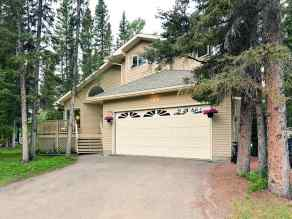 - Bragg Creek homes