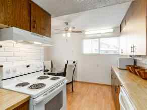 - Broadview Park homes