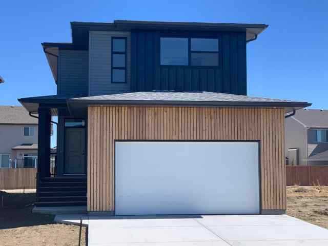 1146 Pacific Circle W in Garry Station Lethbridge MLS® #A1004850