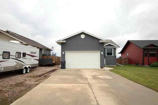 Blackfoot real estate 5508 52 Avenue in Blackfoot Blackfoot