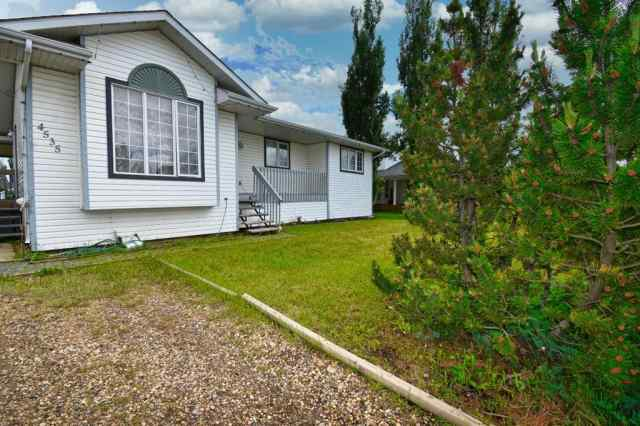4535 46  Street in NONE Rycroft