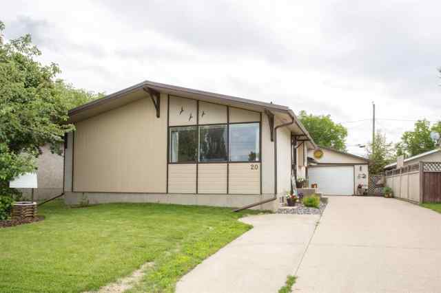 20 FAIRWAY Avenue T4N 4Y8 Red Deer