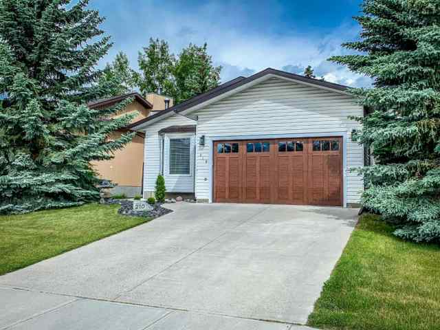 210 LADY MACDONALD Drive in Avens/Canyon Close Canmore MLS® #A1008670