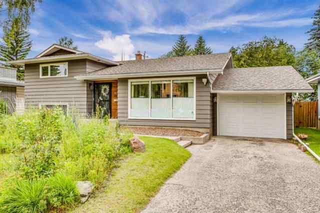 8023 10 Street SW in Chinook Park Calgary