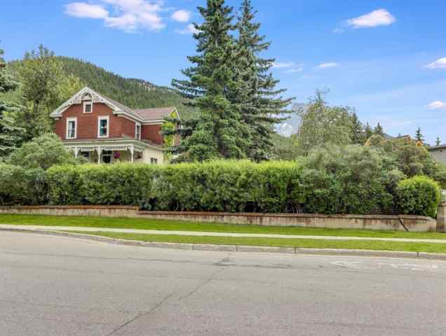 328 Muskrat Street  in NONE Banff MLS® #A1009775