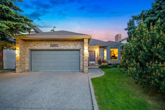 MLS® #A1010004 6979 CHRISTIE ESTATE Boulevard SW T3H 2S5 Calgary