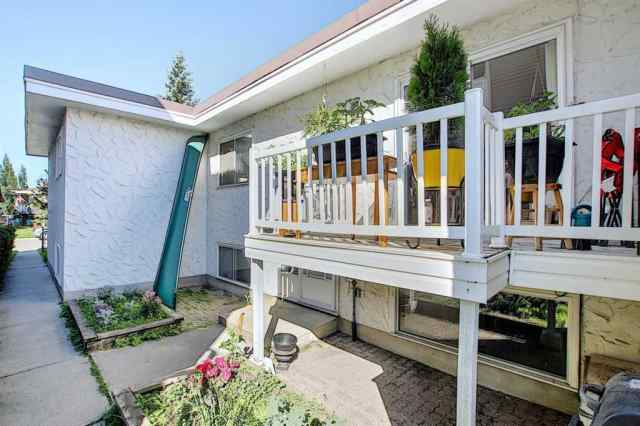 6, 4636 73 Street NW in Bowness Calgary