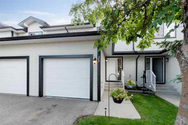 21, 12 SILVER CREEK  Boulevard NW in Silver Creek Airdrie