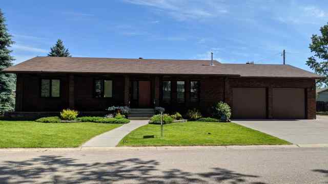 210 6 Avenue N in NONE Vulcan MLS® #A1011360