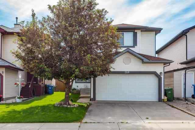 249 DOUGLAS RIDGE Circle SE in Douglasdale/Glen Calgary