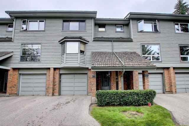 561 POINT MCKAY Grove NW in Point McKay Calgary