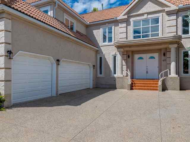 MLS® #A1012658 40 PATTERSON Mews SW T3H 2C6 Calgary
