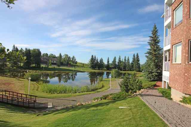 3003 HAWKSBROW Point NW in  Calgary MLS® #A1012775