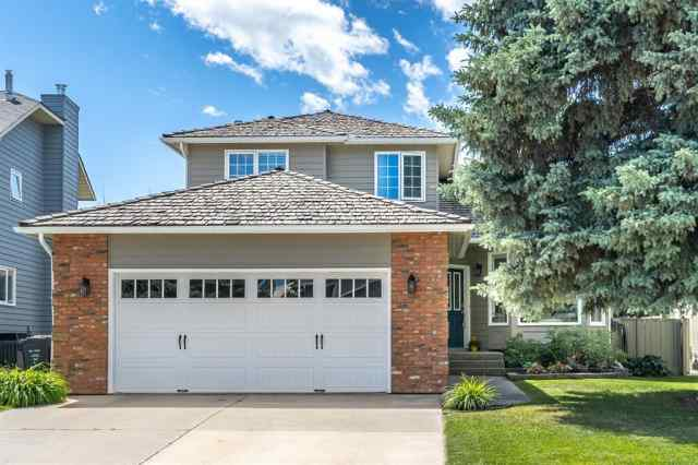 1227 DEER RIVER Circle SE in Deer Run Calgary